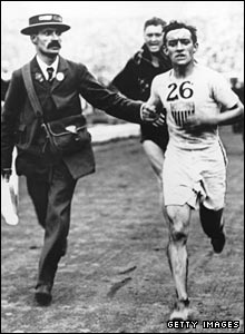 John Hayes nears the marathon's finish in the White City Stadium