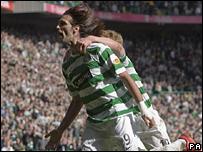 Georgios Samaras celebrates his goal