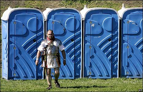 Toilets for Rome parade 20 April