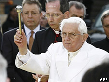 Pope Benedict XVI blesses Ground Zero on Saturday 20-4-08