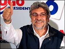 Fernando Lugo celebrating victory