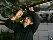 Mechanic repairing a car (Image: AP)