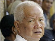 Former Khmer Rouge leader Khieu Samphan (file pic)