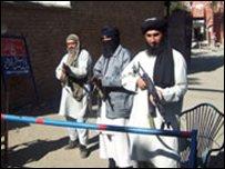مقاتلون من طالبان في باكستان