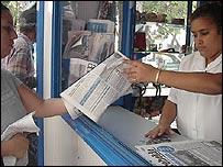 Venta de periódicos en Cuba (Foto: Raquel Pérez)