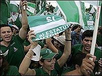 Manifestación a favor de la autonomía de Santa Cruz.