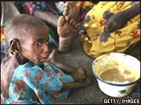 Niño en campo de refugiado en Darfur
