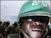 Soldado de la Uni�n Africana en Darfur