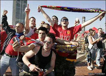 Manchester United fans soak up the pre-match atmosphere