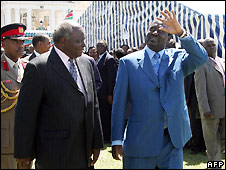 President Mwai Kibaki (left) and Prime Minister Raila Odinga during swearing-in ceremony - 17/4/2008