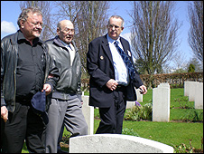 Richard Flohr-Swann (far left), Mr Schludecker (middle) and Mr Kilminster at Haycombe Cemetery, Bath