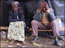 Displaced couple in western Kenya Feb 08