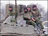 Солдаты на КПП