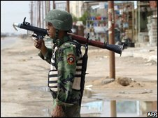Iraqi soldier in Basra - photo 12 April