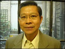 Kamol Kamoltrakul, a Thai journalist being sued by supermarket giant Tesco