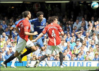 Michael Ballack powerfully heads home Chelsea's opener