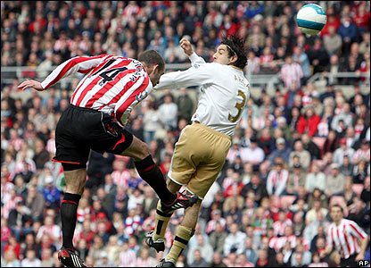 Sunderland's Danny Higginbotham sends a superb header into the corner