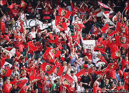 Toulouse fans celebrate