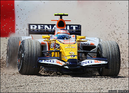 Nelson Piquet slides in to the gravel on lap five