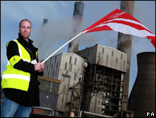 Workers at the Grangemouth oil refinery begin a 48-hour strike