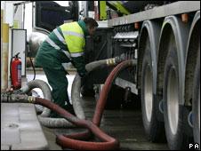 tanker filling up