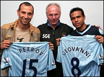 Sven-Goran Eriksson is flanked by Martin Petrov and Geovanni