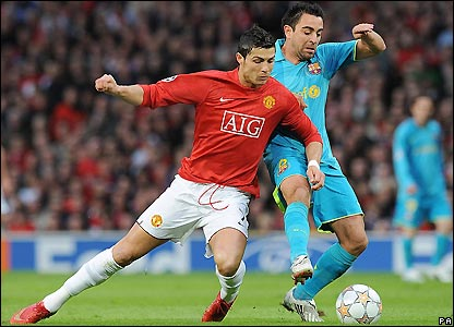 Ronaldo tangles with Xavi