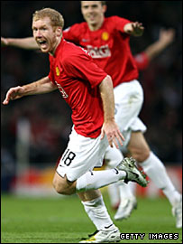 Paul Scholes celebrates the goal that sent Man Utd into the final