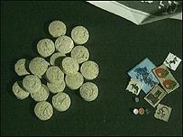 Tabletas de Éxtasis y de LSD