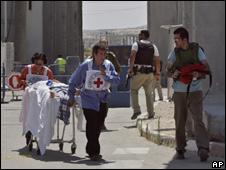 Palestinian transferred through Erez Crossing to Israel for treatment (20/06/07)
