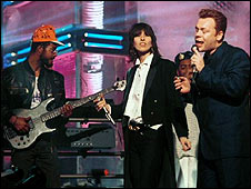 UB40 with Chrissie Hynde and Ali Campbell on Top of the Pops in 1988