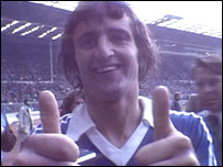 Roger Osborne gives the thumbs up