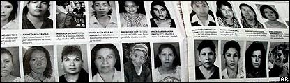 Un diario en Guatemala muestra los rostros de las mujeres asesinadas durante 2004