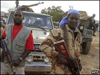 مسلحون من المحاكم الإسلامية عام 2006