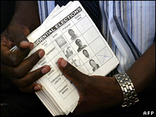 Zimbabwe presidential vote ballots (archive)