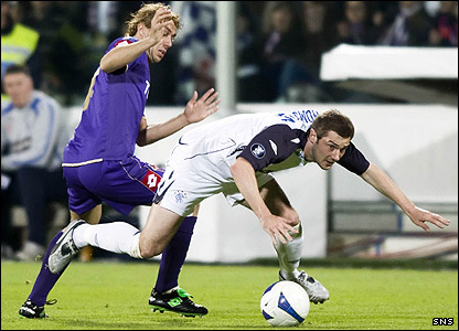 Marco Donadel and Kevin Thomson