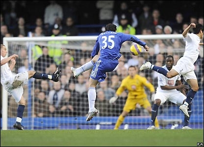 Juliano Belletti scores during Chelsea's 2-0 win over Tottenham