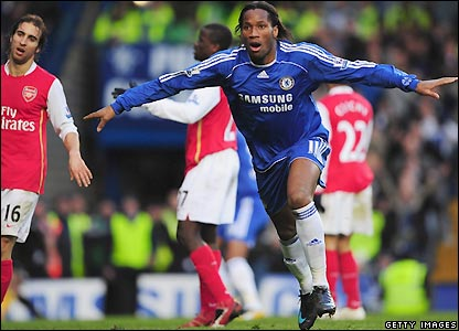 Drogba scores the winner against Arsenal