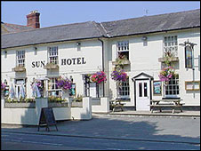 The Sun Hotel, Llansanffraid