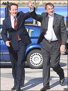 Conservative leader David Cameron with Gordon Kemp, Vale of Glamorgan Conservative group leader in Barry