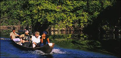 Indios Piaroa en Amazonas venezolano. Foto: Bruno Pambour. WWF.