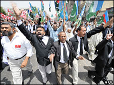 Pakistani lawyers during an anti-Musharraf rally in Karachi, 17 April 2008