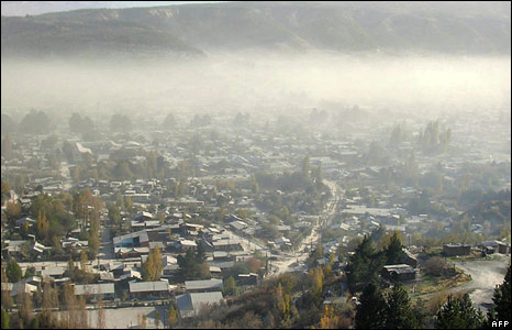 View of the city of Esquel, some 1,900 km southwest of Buenos Aires, after the eruption of the Chaiten volcano in neighbouring Chile 3/05/08