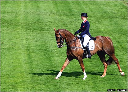Zara Phillips on Ardfield Magic Star