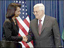 Condoleezza Rice shakes hands with Mahmoud Abbas in Ramallah on 4 May