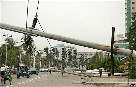 Toppled power lines in Rangoon - 4/5/08