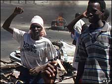 Somali protesters in Mogadishu, 5 May 2008