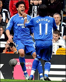 Michael Ballack (left) celebrates with Didier Drogba (right)