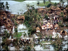 Devastation caused by cyclone in Orissa, India, in 1999