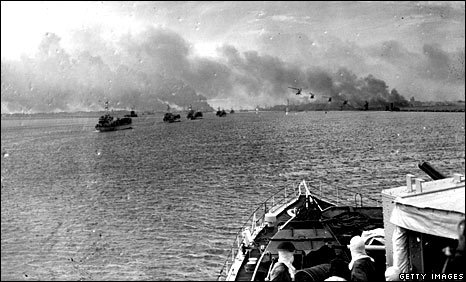 British boats landing during the Suez Crisis